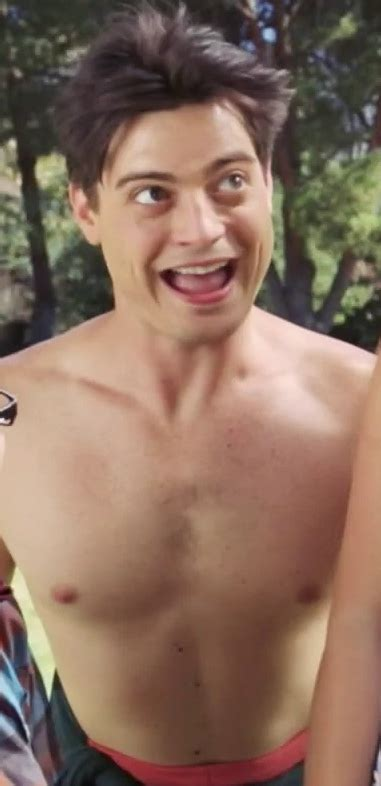 Alexis_Superfan's Shirtless Male Celebs: Andrew Lawrence